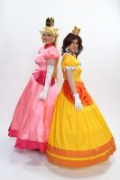Peach and Daisy 2 'Naka-Kon 2013' by MissLink8908