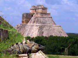 Temple in mexico by Ephany