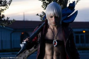 It's only the Rain - Dante Cosplay by Leon Chiro by LeonChiroCosplayArt