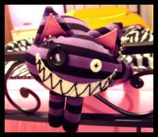 Cheshire Cat by xXkUtFlOwErXx