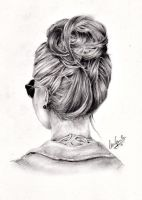 Messy bun by lauragranholm