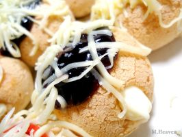 Cream Puff with Blueberry Jam by vungoclam