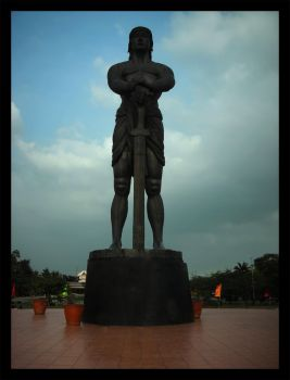 Statue of a Hero by Photography026