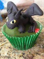 Tothless Cupcake by bruhway