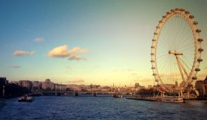 An Eye on the Thames by W00den-Sp00n