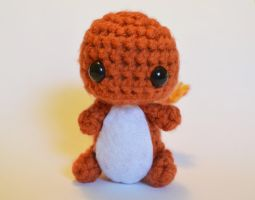 An adorable little Charmander AND a free pattern! by Tessa4244