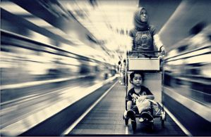 The travelator zoom version by julianpalapa