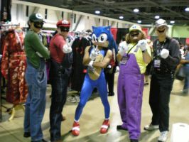 Mario group with Sonic by obitoxuchihaxlover