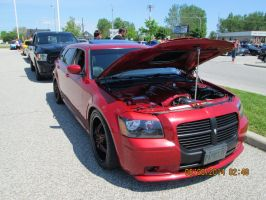 Dodge Magnum by catsvsfox