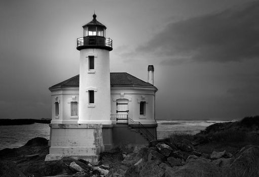 Coquille River Lighthouse by LarryGorlin