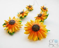 Sun Flower earrings by ALINAFMdotRO