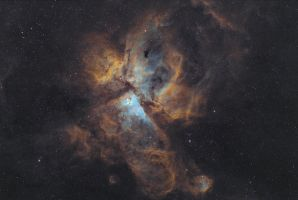 Carina Nebula (NGC3372) in the Hubble Palette by RedXen