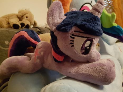Twilight Sparkle Shoulder Plush by AlayasYazoo