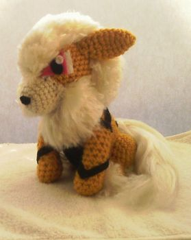 Archie the Arcanine by ArtisansShadow