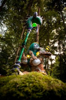 Green - Druid Tier 8 by KamuiCosplay
