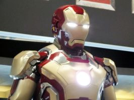 Iron Man 3 Mk VIII Armored Suit (10) by Scarlighter