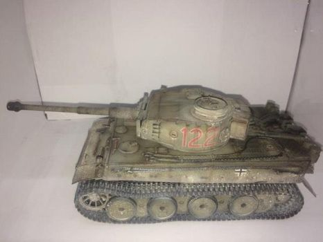 Tiger 1, Ausf.E/H1. Scale: 1/35. Brand: Italeri. by franciscoa51