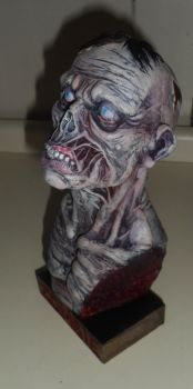 Zombie bust color by renatothally
