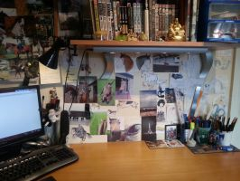 My work space by CookieTroll0105