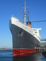 Queen Mary's Bow by Kipfox32