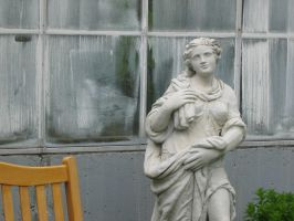 Conservatory statue by ktastrophe