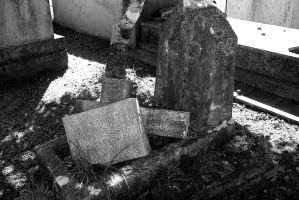 Shattered Tomb Stone by maggot216