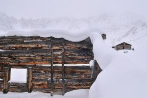Snow Roof by JoshHardin