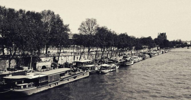 Bords de Seine by AStarFromNowhere