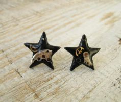 Black Stars Steampunk stud earrings by IrenkaR
