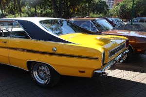 Dodge Charger by Henrique-Rozada