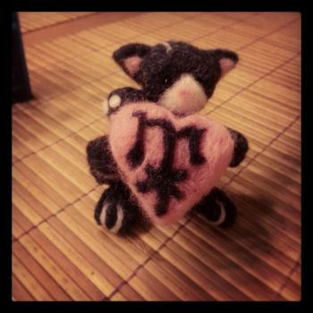 needle felt kitty by starsandtopsoil