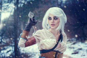 Cirilla (WITCHER cosplay) by LienSkullova
