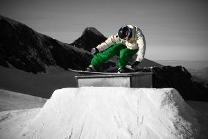 Snowboarding by muckl