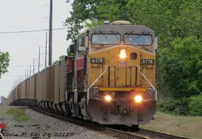 UP 6778 and Ex SP 6245 lead CSXT V525 24 by EternalFlame1891