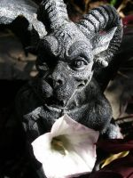 Gargoyle by SweetTheSting78