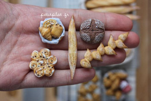 Breads on my Hand by PetitPlat