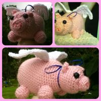 Pigs do fly plush - amigurumi piggy by magpie89