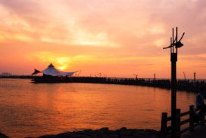 Ancol Beach by andripsi