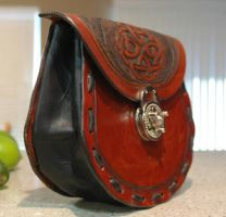 leather bags by Blackthornleather