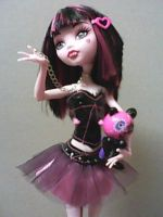 Draculaura Rave by MarieLoup