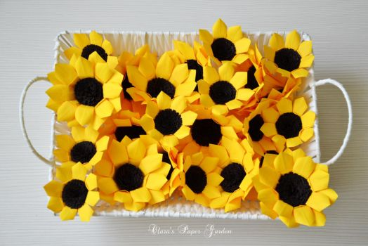 Sunflower basket by cridiana