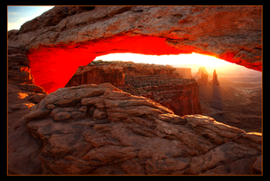 Mesa Arch Sunrise by narmansk8