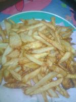 Maday hizo papas fritas  by xBonbons
