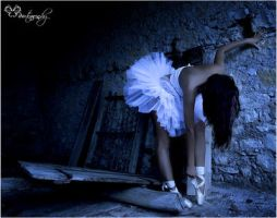 The dancer by EBphotography