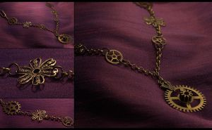 Steampunk Gears Necklace by hrekkjavakaastarkort