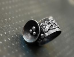 ring silver sterling flowers 1 by honeypunk