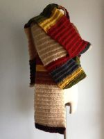 Tom Baker - The 4th Doctor - 11 Foot scarf by Weeaboo-Warehouse
