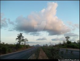 Sky over the road..... by d1pran