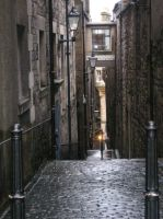 Close en Royal Mile, Edimburgo by Ladynere