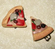 Polymer clay - supreme pizza by SarahRose